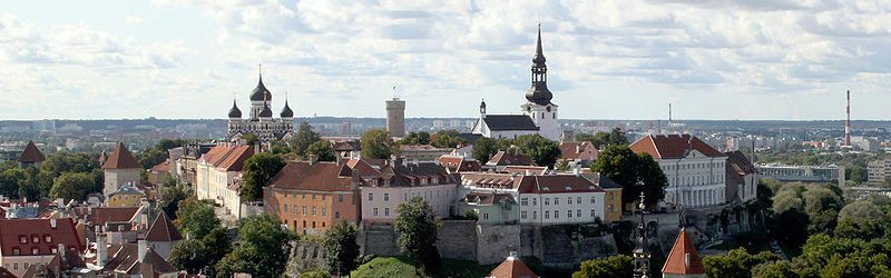 800px-tallinn_old_city_and_sea_view_two_crop